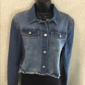 Tinseltown Juniors' Cropped Denim Jacket